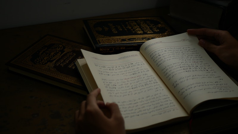 Arabic-speaking Christians Condemn Muslim Idiom Translations & Liberal Commentaries Produced By Western Missions Agencies